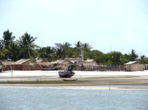 The fishing village on Ilha Dos Lencois