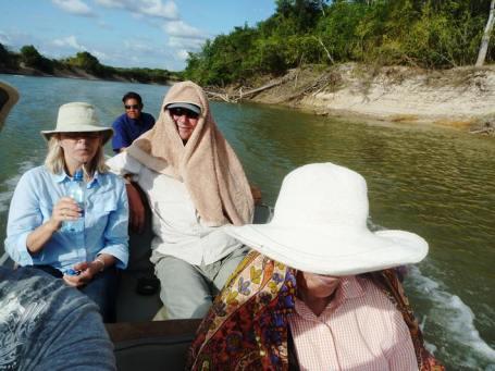 We had to take a 2-hour boat rip upriver to Karanambu Lodge