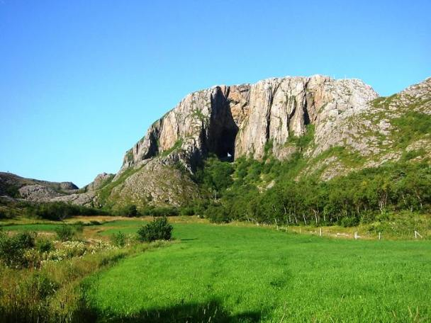 Torghatten - the mount with the hole